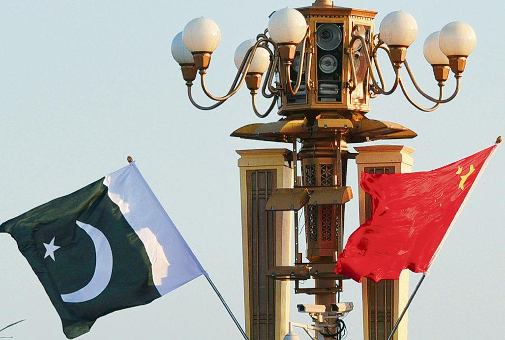 Fiscal woes no damper on Pak military build-up