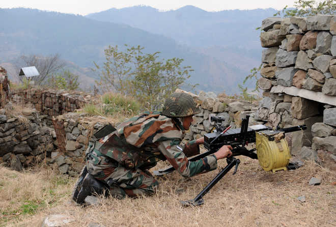 2 army personnel killed in gunfight with Pakistani infiltrators along LoC in J-K