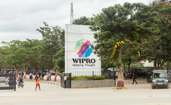 Wipro Q3 net profit dips to Rs2,456 cr