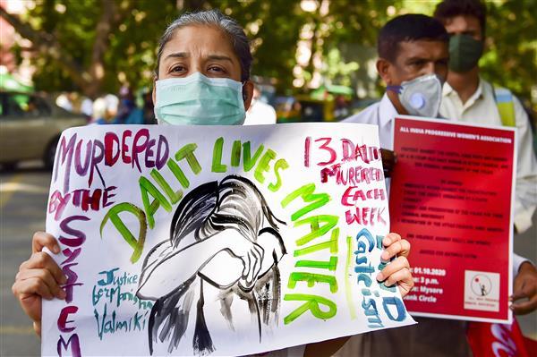 Hathras rape victim's family alleges admin, police pressure; demands CBI probe