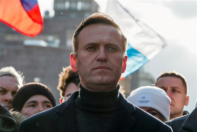 Russia not producing chemical weapons, Kremlin says after OPCW findings on Navalny