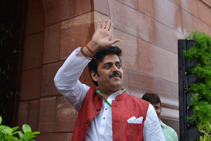 Actor Ravi Kishan gets Y-plus security following threats to life for speaking on Bollywood, drugs