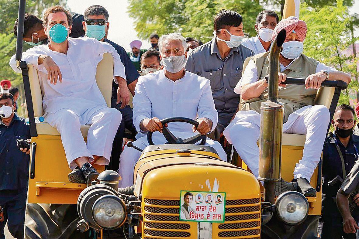 PM acting at behest of corporates: Rahul Gandhi
