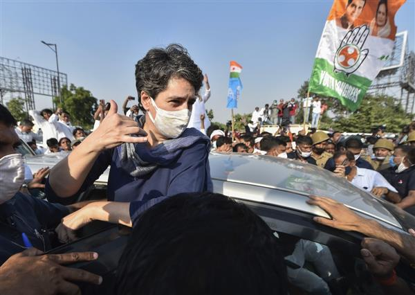 Gandhis slam UP govt over safety of women in state