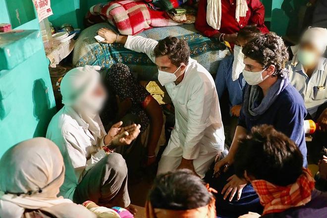 CBI to probe Hathras case, Gandhis meet victim's kin
