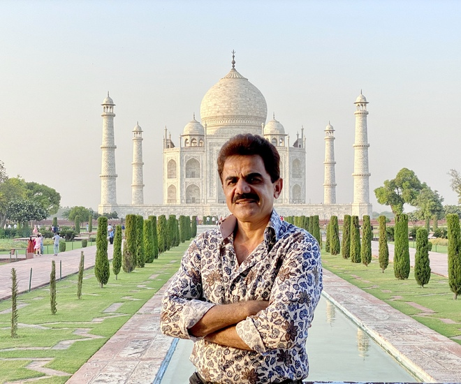 Ashok Beniwal is in love with the Taj Mahal