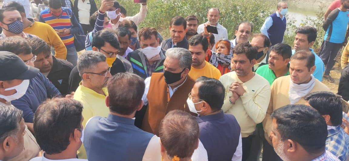 BJP leader and former Panipat councillor jumps into canal