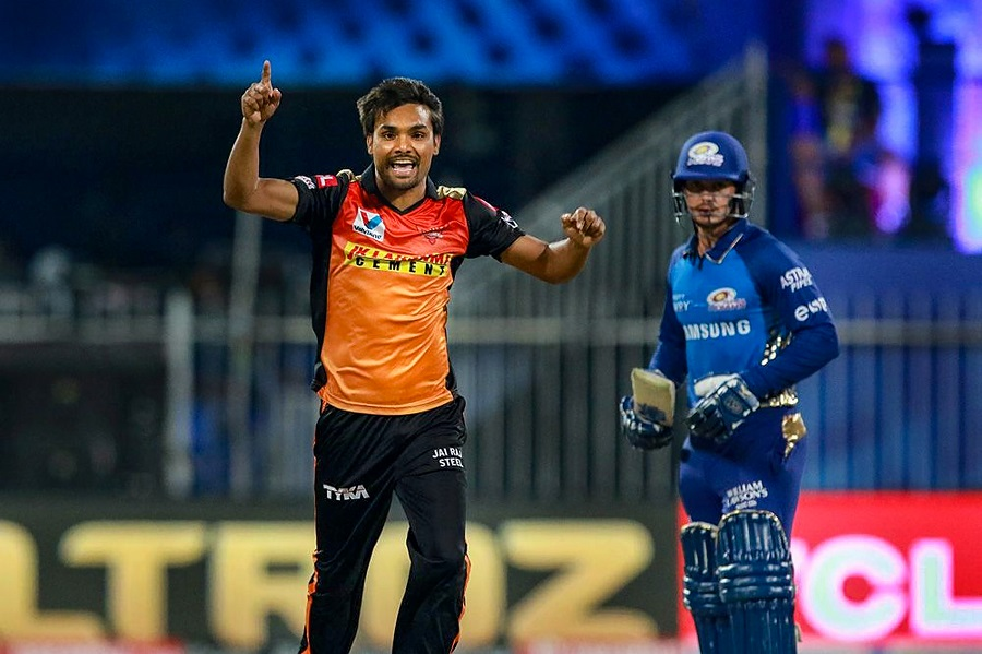Sunrisers Hyderabad slay Mumbai Indians to qualify for IPL play-offs, KKR knocked out