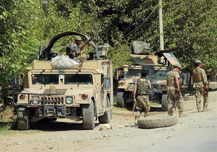 30 Afghan security personnel killed in suicide car bombing