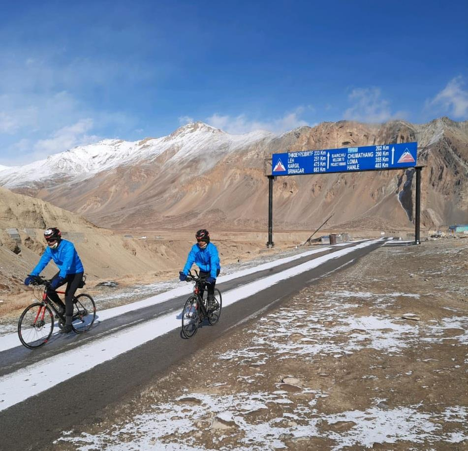 Army officer, fellow set record by pedalling across Himalayas