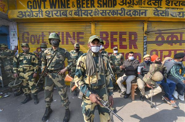 Delhi police ups security at border as farmers threaten to block entry points