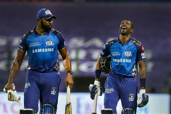 Off-field relations with Pandya brothers transcends into cricket field: Pollard