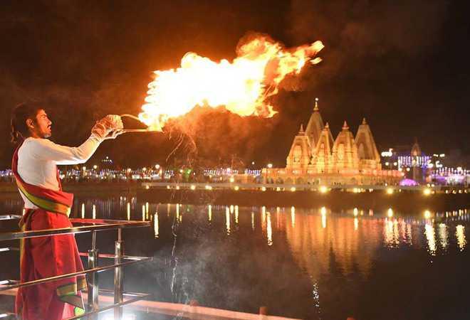 'Ganga aarti' trial in Kanpur on November 27