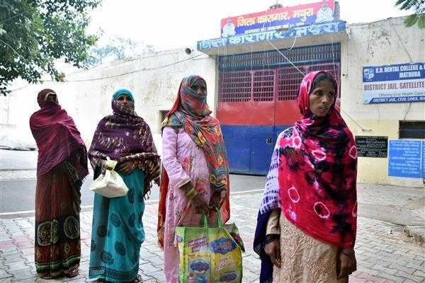 Bhai Dooj: Coronavirus curbs keep sisters away from brothers lodged in UP jails