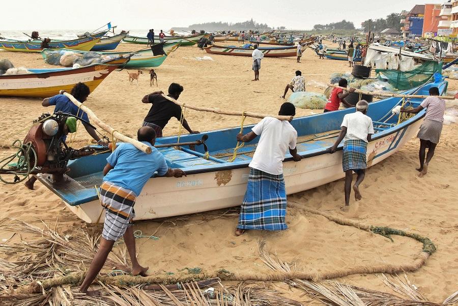 'Nivar' now a very severe cyclonic storm, to cross TN- Puducherry coast before dawn on Thursday