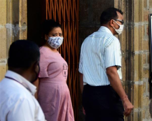 Comedian Bharti Singh, husband Harsh Limbachiya remanded in judicial custody till December 4