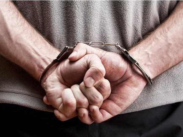 Two liquor smugglers held