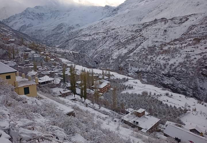 Fresh snowfall in higher reaches of Himachal
