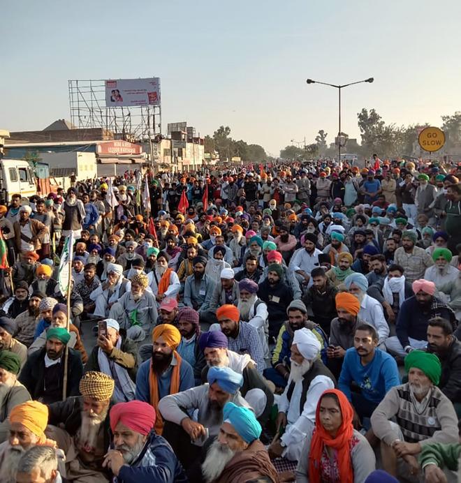 Doaba farmers head to Delhi in hordes