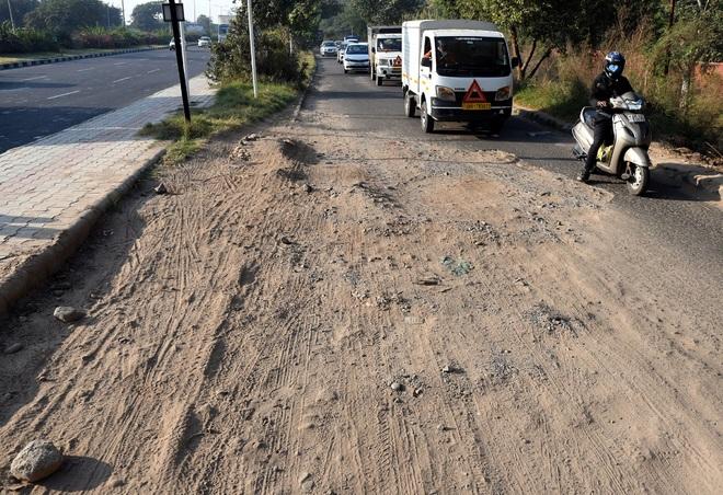 Cut expenses, shun piecemeal approach & repair roads