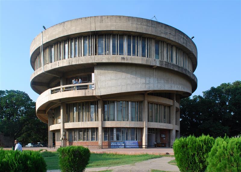Panel seeks detail of missing furniture of Panjab University