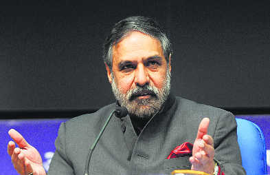 Congress rift deepens, Anand says don't belittle RS leaders