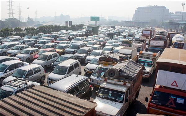 Farmers' protest: More routes connecting UP-Delhi closed