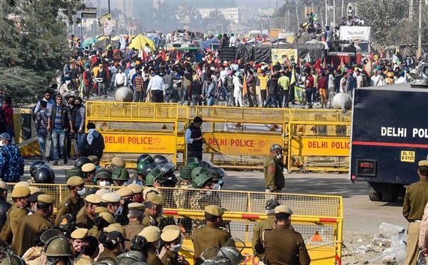 PIL in SC seeks immediate removal of agitating farmers from roads