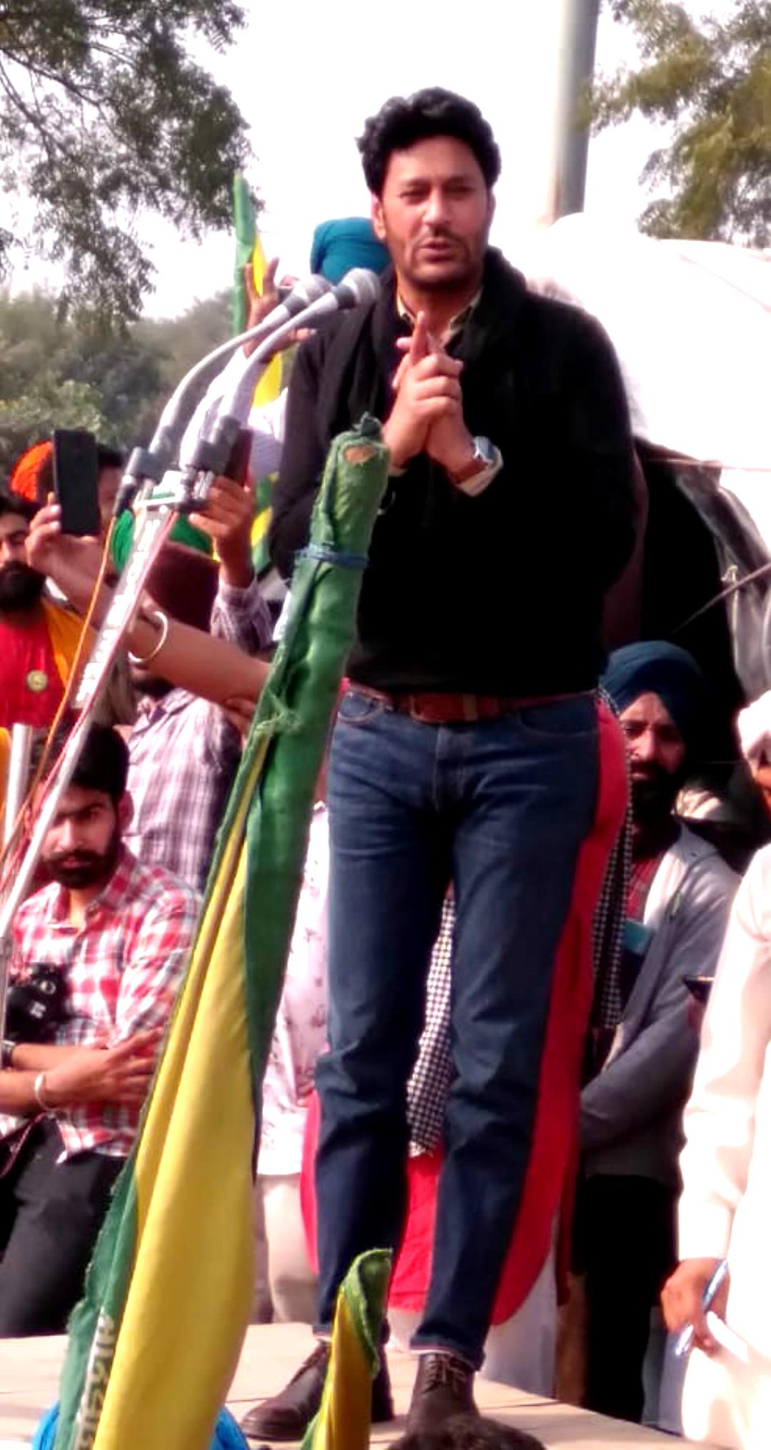 Punjabi singers enliven atmosphere at farmers' protest in Haryana's Bahadurgarh