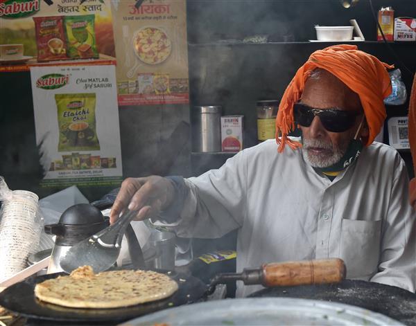 Owner of 'Baba ka Dhaba' opens new restaurant