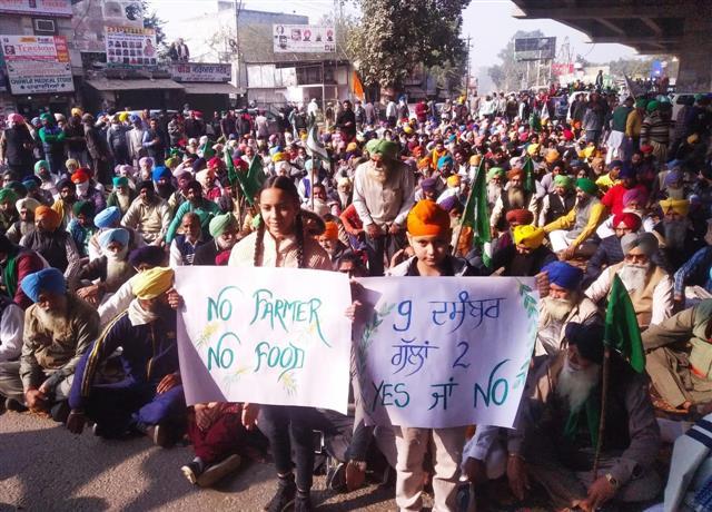 Bharat Bandh: Shops, commercial establishments closed in Punjab, Haryana