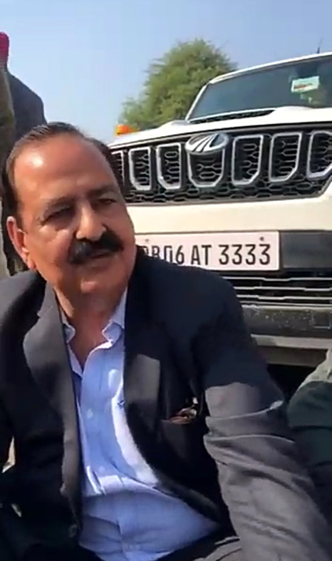 Abohar BJP MLA  faces ire of protesters