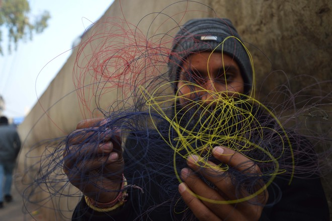 No check on sale, use of Chinese strings in Ludhiana