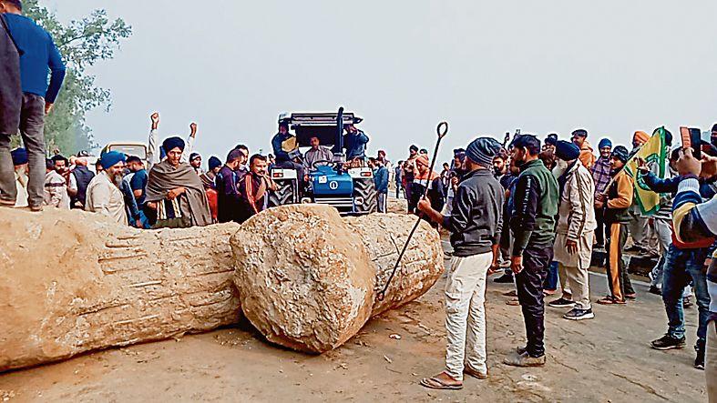 Headed for Delhi, farmers foil bid to block NH at Haryana border