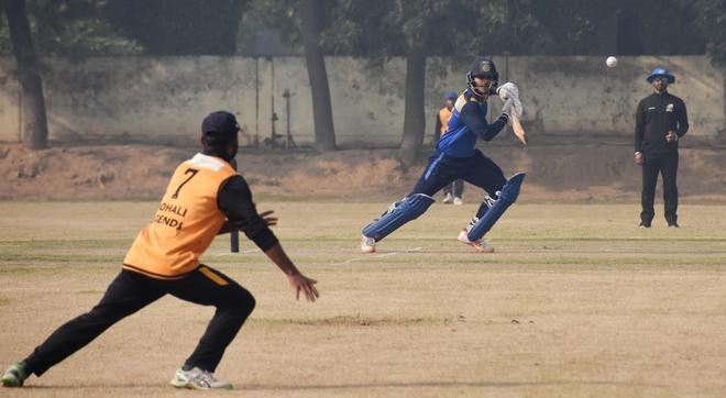 Easy victories for Punjab Blues, Punjab Reds