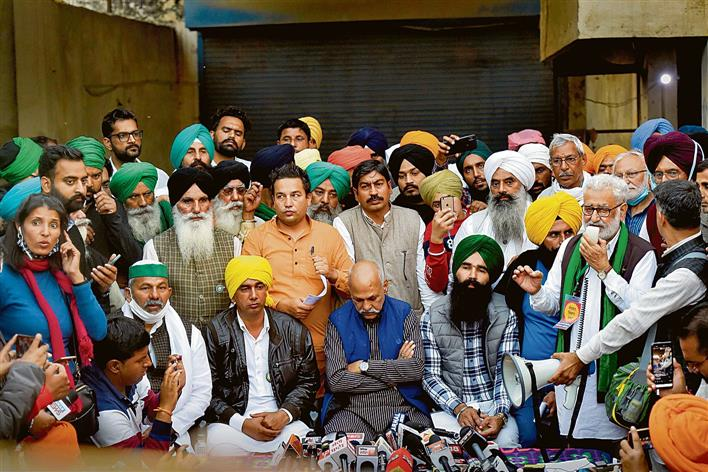 Centre's attempt at backdoor talks fails as unions stay together