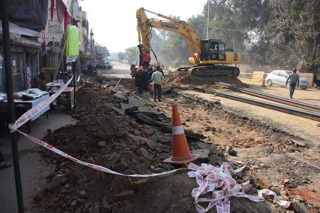 Traffic snarls on Pakhowal Road in Ludhiana