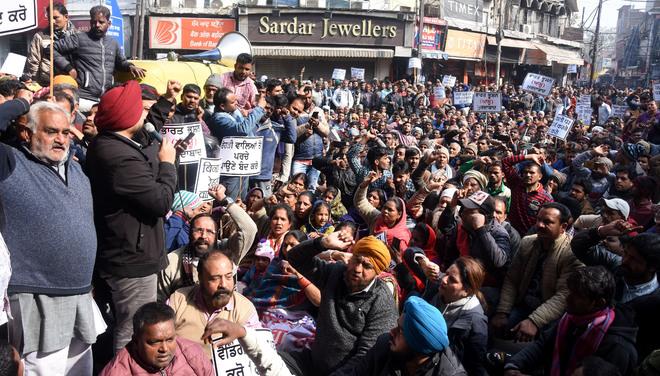 Vendors stage protest at MC headquarters
