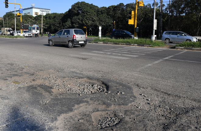 Chandigarh MC ignoring roads dotted with potholes: Residents