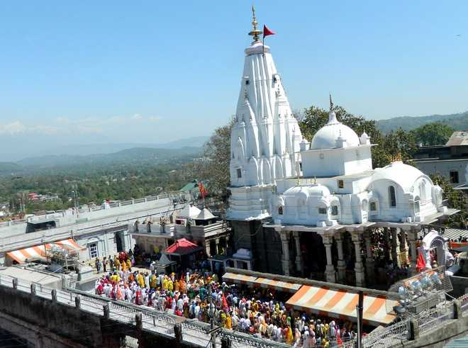 Pilgrims protest closure of Bajjreshwari Devi temple