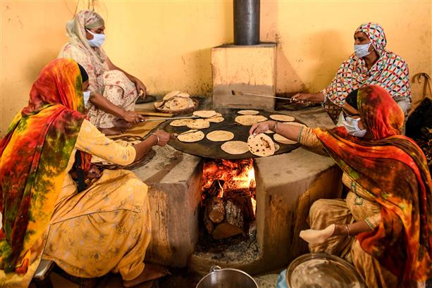 Start community testing, scale up isolation beds: Punjab govt to health dept