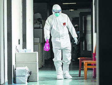 Don't have PPE? Wear raincoat, Chandigarh cops told