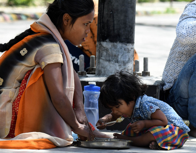 Over 75 lakh being fed at food camps: MHA