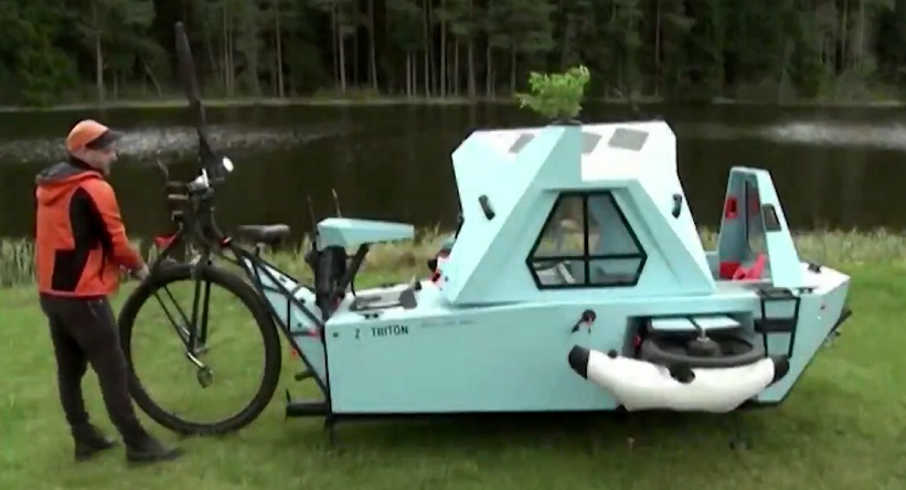The Z-Triton: A floating house on a tricycle