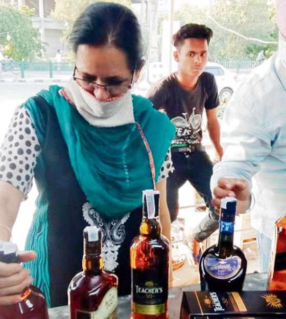 Accused Rajpura distiller has licensed vends
