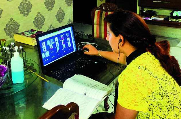 Online learning forfeits the very purpose of education