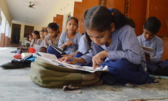 Jharkhand teacher beats odds of online learning