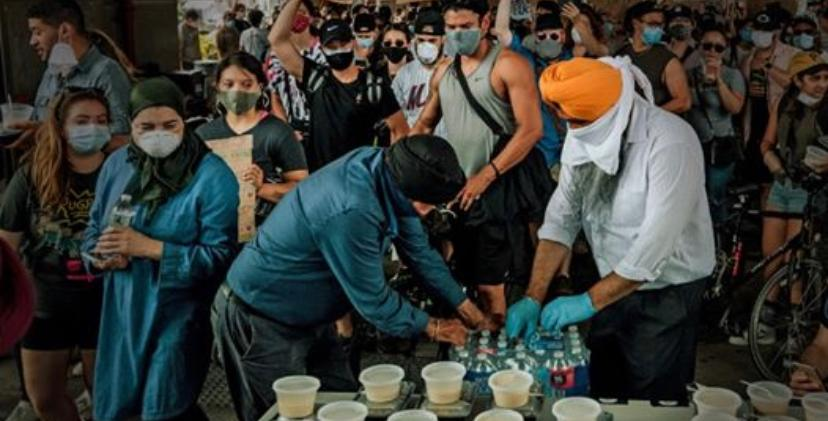 Sikhs feed protestors of 'Black Lives Matter': 'Guru ka Langar always there'