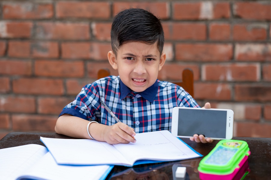 Enthusiastic response to online tests by government school students in Punjab