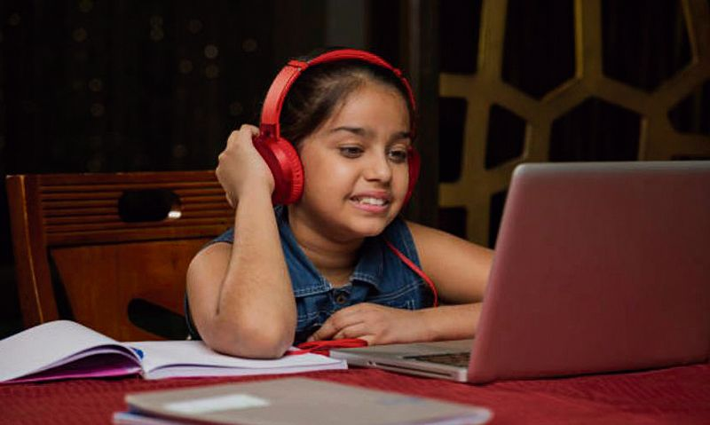 Capping kids' screen time